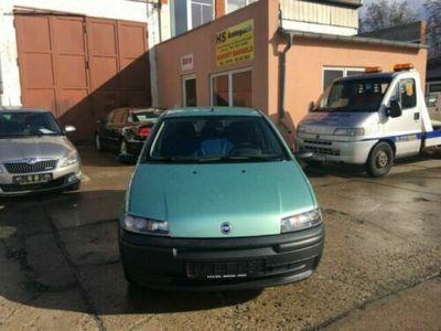 käytetty Fiat Punto 1.2 S 86000KM TÜV bis04/2019