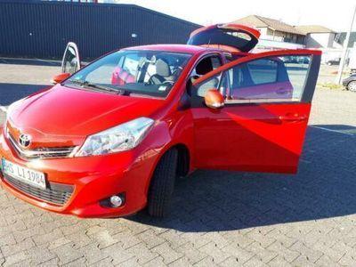 gebraucht Toyota Yaris Edition Cool 5Türen 1,33 L 6-Gang 1329ccm 73kw