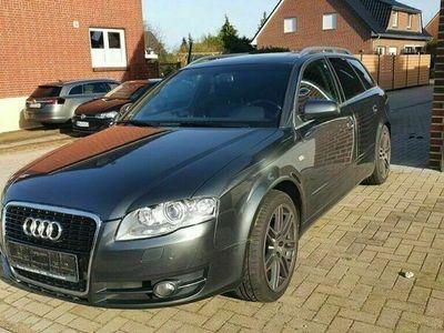 gebraucht Audi A4 Kombi Avant als in Stelle