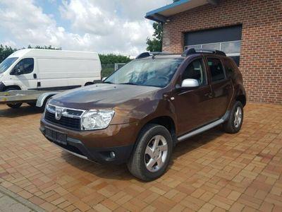 gebraucht Dacia Duster I Prestige 4x2 Klima 1.Hand Scheckheft