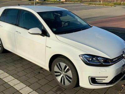 gebraucht VW e-Golf Automatik CCS ACC LED Navi Wärmepumpe