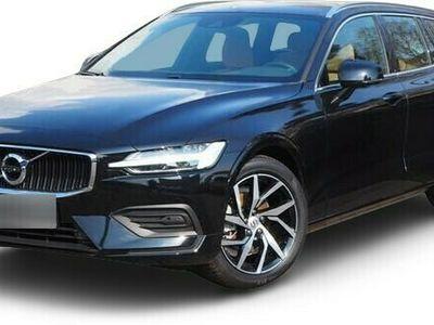 gebraucht Volvo V60 V60D3 Momentum Pro NP: 49.800-/RFK/BLIS/DAB