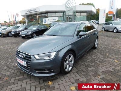 gebraucht Audi A3 Sportback Ambition 2.0 TDI clean diesel Xenon Sche