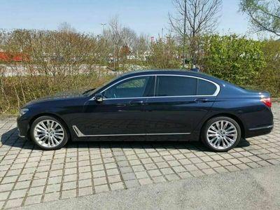 gebraucht BMW 740L i xDrive HUP, Pano, 20Zoll, Standhzg