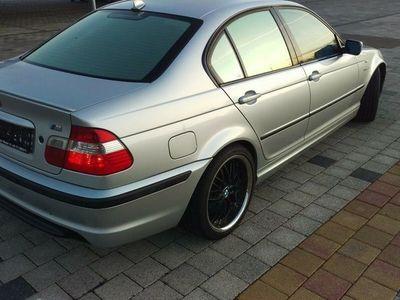 gebraucht BMW 320 i M-Paket, LPG Gas Prins VSİ als Limousine in Buggingen