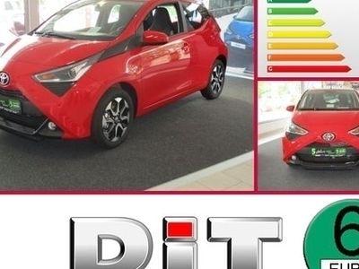 gebraucht Toyota Aygo 1,0 X-Play Connect Klima / Alus / Kamera