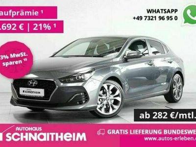 gebraucht Hyundai i30 Fastback Fastback Premium 1.4 T-Gdi DCT* Gratis Liefe