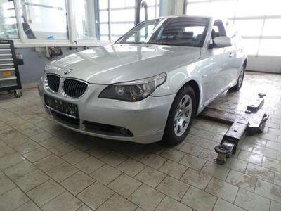 """gebraucht BMW 525 i/ -Scheckheft/ Navi/ Xenon/ 8-fach+17""""/ PDC/SH"""
