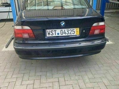gebraucht BMW 523 E39 i Unfall original Kat