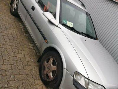 gebraucht Opel Vectra 1.6 Caravan Comfort