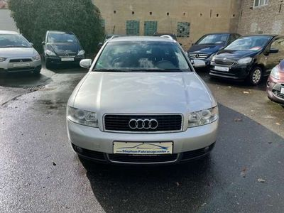 gebraucht Audi A4 2.0 Avant mit Klimaautomatik/ABS/ESP/Met./Alus/