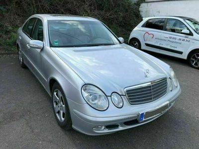 gebraucht Mercedes E240 Elegance V6 176 PS TÜV