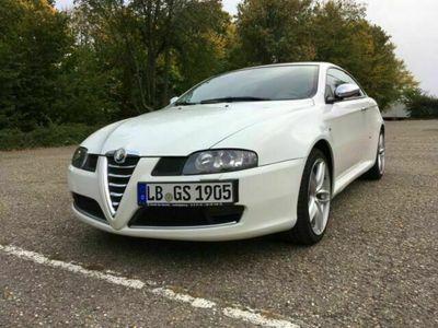 gebraucht Alfa Romeo GT 1.9 JTDM DPF Quadrifoglio Verde, Kamera, Navi als Sportwagen/Coupé in Kornwestheim
