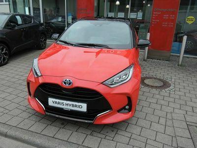 gebraucht Toyota Yaris 1.5 VVT-i Hybrid Premiere Edition (XPA1)