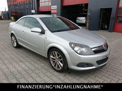 gebraucht Opel Astra Cabriolet H Twin Top Cosmo 1,6L Klima*Leder