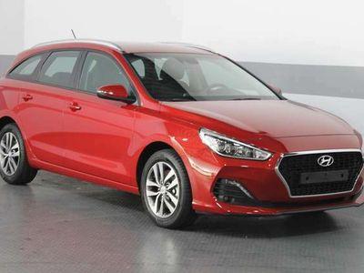 gebraucht Hyundai i30 Kombi STYLE KLIMAAUTOMATIK PDC TEMPOMAT ALU NSW BLUETOOTH
