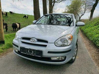 gebraucht Hyundai Accent 1,4 gepflegt mit Klima,Navi...
