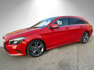 gebraucht Mercedes CLA180 Shooting Brake Urban Pano LED Keyl-GO Navi Laderaump