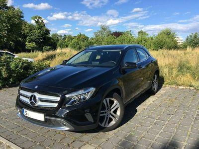 gebraucht Mercedes GLA220 d 4Matic 7G-DCT Urban