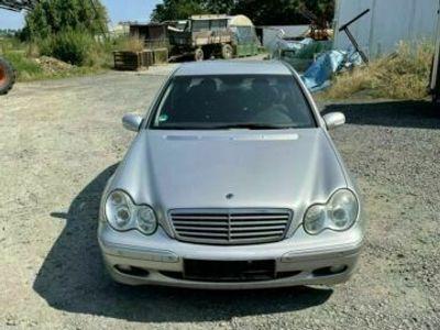 gebraucht Mercedes E200