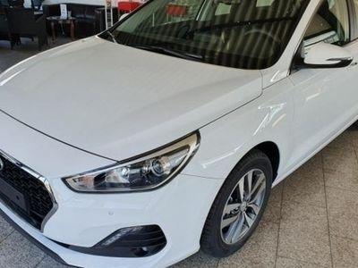 gebraucht Hyundai i30 Kombi 1.4 T-GDI Komfort *Neues Modell 2019*Klima*PDC* 103 kW (140 PS), Schaltgetriebe