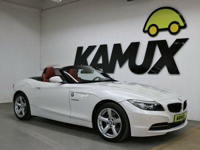 gebraucht BMW Z4 sDrive 28i Sportsitze vorn / Sitzbezüge/Polsterung: Leder Kansas / Lenkrad (Sport/Leder) mit Mehrfachfunktion / Xenon-Scheinwerfer / Tempomat mit Bremsfunktion / Bordcomputer