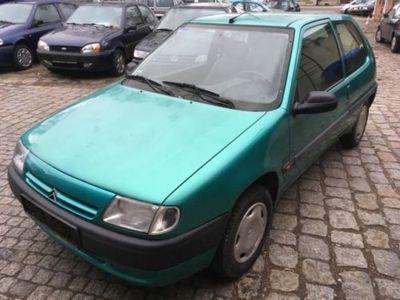 gebraucht Citroën Saxo 1.1 D3 Servo *Tüv 06/2019*