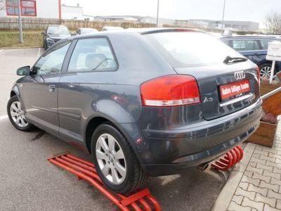 gebraucht Audi A3 1.6FSI Ambiente Tempomat Klimaaut. Sitzh. Alu
