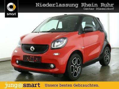 gebraucht Smart ForTwo Cabrio 66kW prime DCT cool&Media SHZ LED als Cabrio/Roadster in Düsseldorf