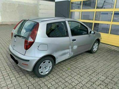 gebraucht Fiat Punto 188 wenig KM - mit TÜV