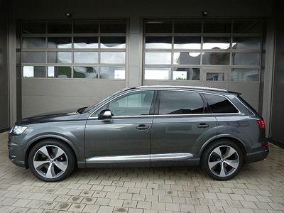 gebraucht Audi SQ7 LED,Leder,ACC,side/lane,Navi,Kamera ALU SITZHZG