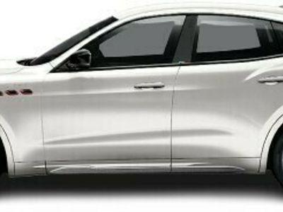 gebraucht Maserati Levante LevanteTrofeo - Modell 2022 *ZEGNA PELLETESSUTA*