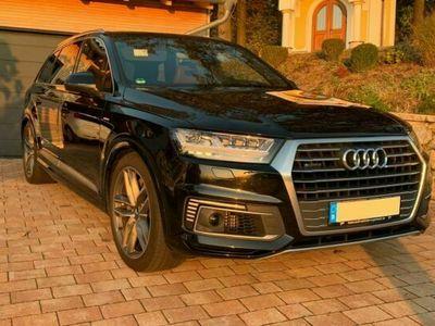 gebraucht Audi Q7 3.0 TDI e-tron AHK HUD Matrix Garantie 0.5% als Limousine in Waldmünchen