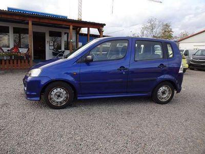 gebraucht Daihatsu YRV 1.3 Plus