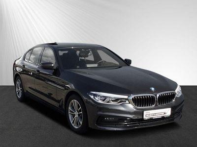 gebraucht BMW 540 i Limousine Sport Line
