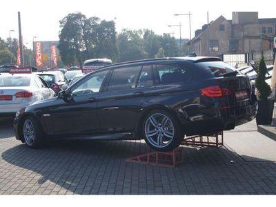 gebraucht BMW 530 d Tour. Aut. M-Paket Xenon Navi Leder ALU 19