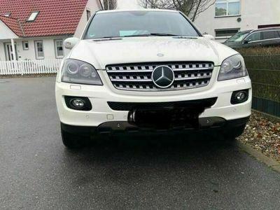 gebraucht Mercedes ML420 CDI 4Matic 7G-TRONIC DPF als SUV/Geländewagen/Pickup in Kühlungsborn
