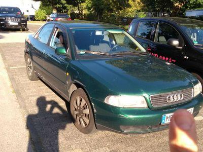 gebraucht Audi A4 B5, LPG, 101 PS, fahrbereit, angemeldet, AHK als Limousine in Wülfrath