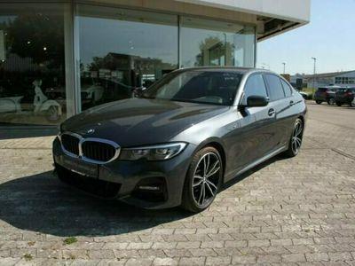 gebraucht BMW 320 iA xDr. M Sport NAVI-Pro HiFi LED SHZ MFL AHK