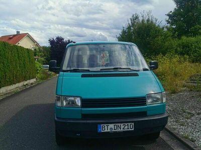 gebraucht VW T4 Bus idealer Reisepartner!