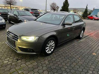 gebraucht Audi A4 Attraction Limousine