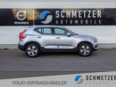 gebraucht Volvo XC40 D4 AWD Geartronic Momentum Euro 6DTemp