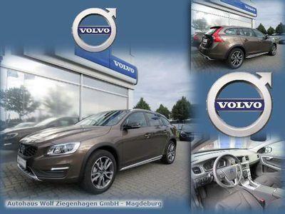 gebraucht Volvo V60 CC D3 Cross Country AUT. MOMENTUM NAVI KLIMA