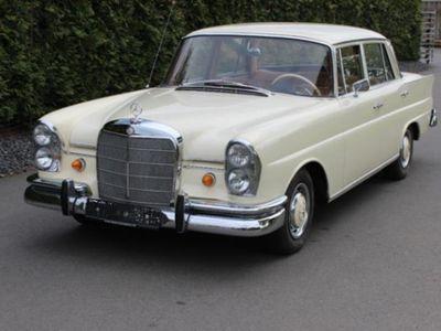 gebraucht Mercedes W111 220 Sb - Große Heckflosse mit Klima, neuem Motor, etc.