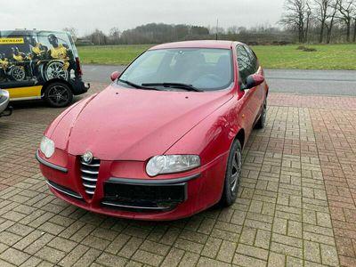 gebraucht Alfa Romeo 147 Alfa1.6 ECO Progression - TÜV bis 09/2021 als Limousine in Bersenbrück