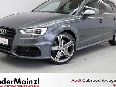 gebraucht Audi S3 Sportback TFSI 2.0 quattro S tronic Sitzhzg