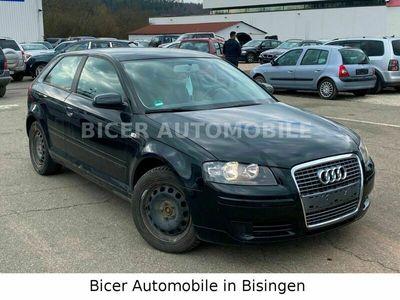 gebraucht Audi A3 1.9 TDI Attraction/KLIMA.AUT/MULTI-LENKR/ALU als Limousine in Balingen