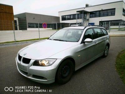 gebraucht BMW 320 i kombi panoramadach 6Gang
