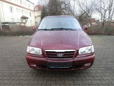 used Hyundai Trajet 2.0 GLS *Vollleder*7-Sitzer*Gas-anlage*