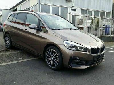 gebraucht BMW 216 i SPORTLINE 7SITZ CAM NAVI LEDER LED EHK VOLL